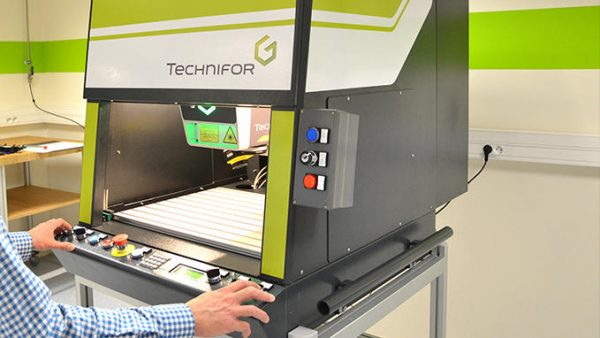 Laser workstation 3 for gravering